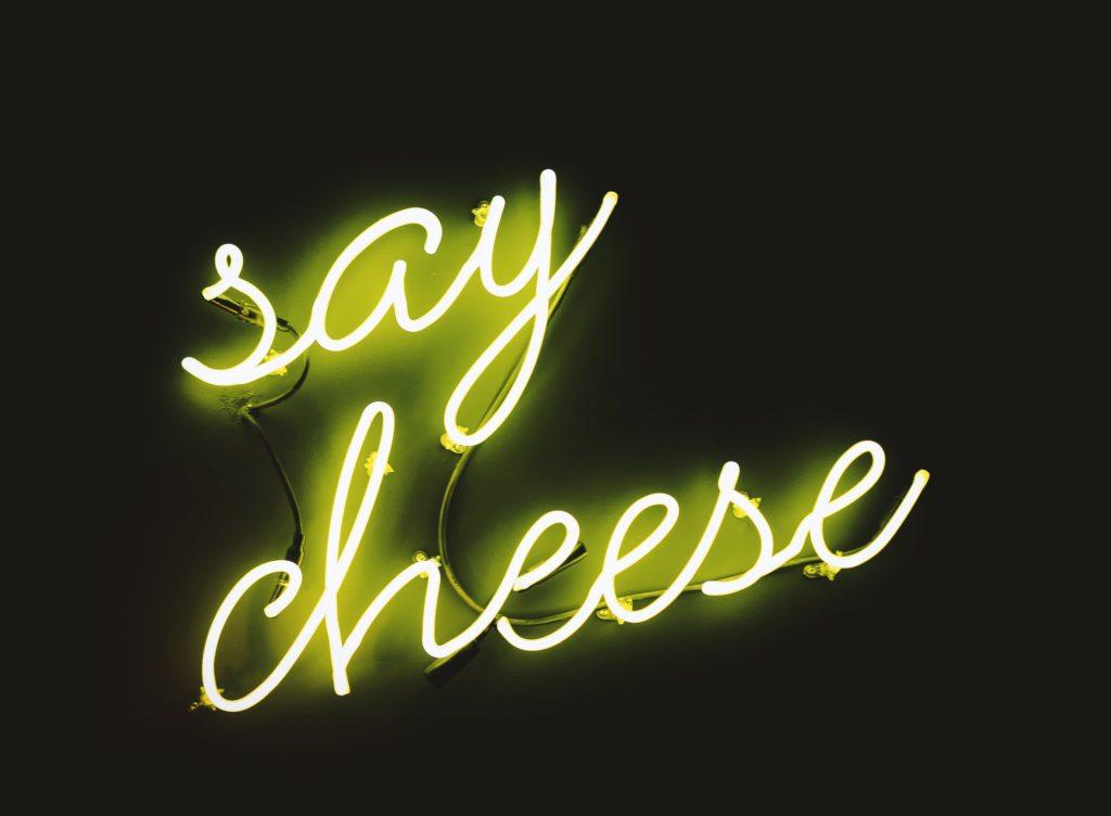 Käse Leuchtschrift
